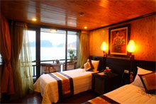 Tour halong bay with Victory star for the best Vietnam tours Hanoi to Saigon